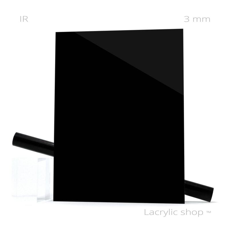 Plexiglass (PMMA Coulé)  Noir spécial Infra Rouge IR ep 3 mm